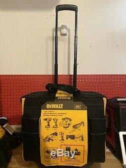Brand New Dewalt 20V MAX 7 Tool Combo Kit DCKSS721D2 + Batteries & Rolling Bag