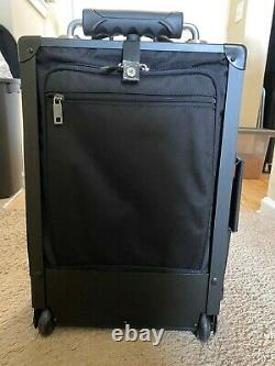 Luggage Works Stealth Premier 22 Rolling Bag