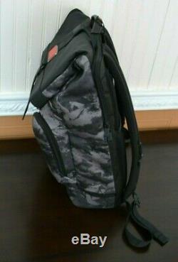 Tumi Bravo Nellis London Roll-roll Backpack Charcoal Restoration 0232388chr New